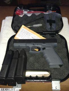 For Trade: Glock 21 gen 4.Grey frame. true dot night sights