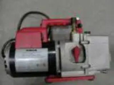 RobinAir Vacumaster vacuum pump (Jerome)