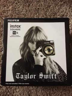 FUJiFILM Taylor Swift Edition instant camera