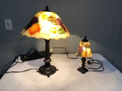 set of 2, glynda turley signed hand painted bronze tiffany/handel style lamps