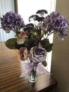 High quality artificial flowers including vase