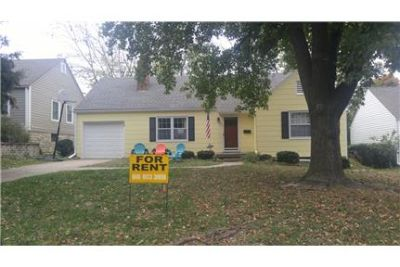 2 Bedroom Ranch Style Home In Westwood, Ks.