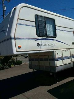 By Owner! 1996 31 ft. Holiday Rambler Admiral w/slide