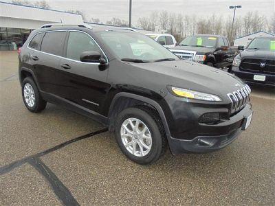 2015 Jeep Cherokee Latitude (black)