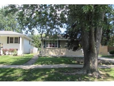 3 Bed 1.5 Bath Foreclosure Property in Lansing, IL 60438 - E 170th St