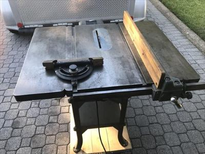 "Walker Turner 8"" Table saw"