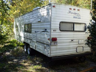 2004 THOR 25 FT TRAVEL TRAILER