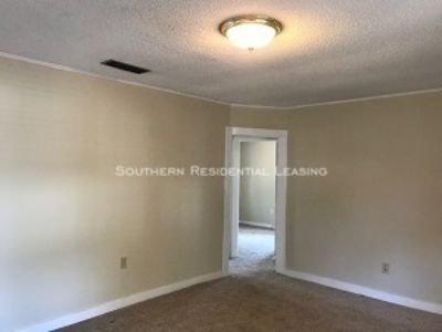 66 Oakdale Ave Satsuma ~ by Southern