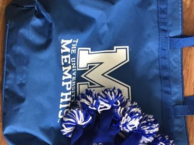NWOT UNIVERSITY OF MEMPHIS LARGE CANVAS ZIPPER TOTE WITH POM POM KNIT GLOVES INCLUDED! ONLY $10!