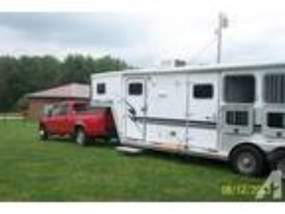 2002 Exiss Horse Trailer with Living Quarters