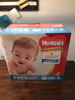 Size 2 Diapers - Huggies Little Snugglers