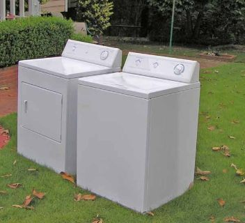 Washer and Dryer Frigidaire-Giant tub-3 Months guarantee