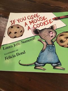 If You Give a Mouse a Cookie Paperback