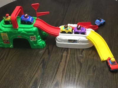 FP Little People Car Track & Cars