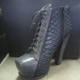 $20 Shoes