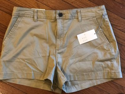 NWT A new day from Target khaki chino shorts size 12