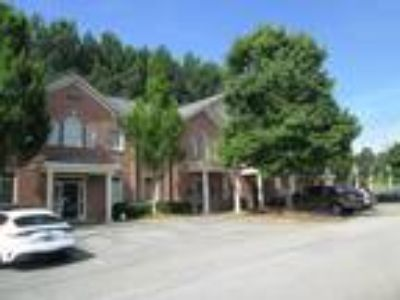 Alpharetta / 1,360 SF Office / $1,133.33 per month including CAM charges