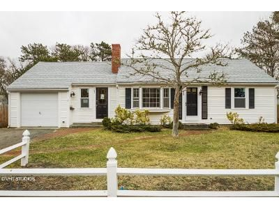 3 Bed 1 Bath Foreclosure Property in West Yarmouth, MA 02673 - S Sea Ave