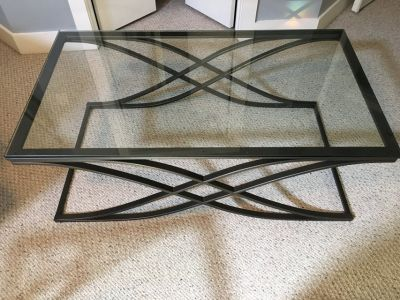 Coffee table and (2) end tables