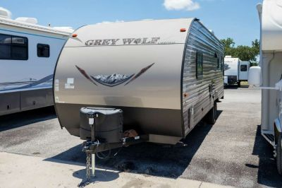 2016 Grey Wolf 26RR (NOTE)