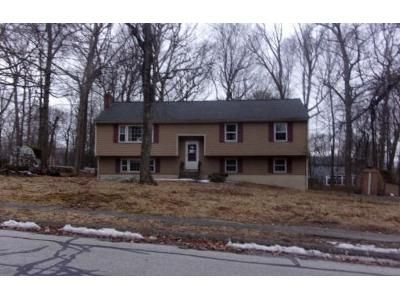 3 Bed 2 Bath Foreclosure Property in Whitinsville, MA 01588 - Tracy Dr