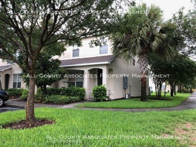 Beautiful 3 Bedroom 2.5 Bath Townhome in the very desirable Sawgrass Village!