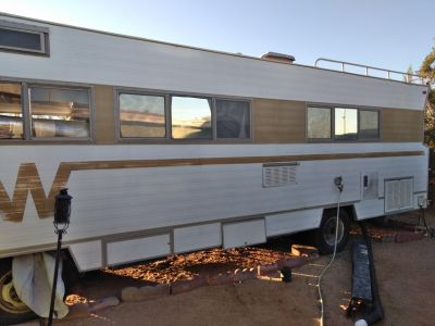 1970 Winnebago D24 Class A RV $2,000 FIRM