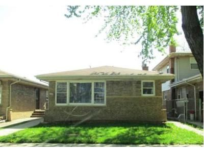 3 Bed 1.5 Bath Foreclosure Property in Chicago, IL 60617 - S Avenue N