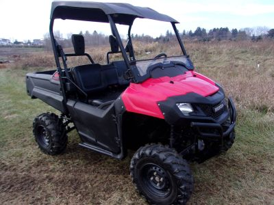 2015 Honda Pioneer 700 Side x Side Utility Vehicles Mukwonago, WI