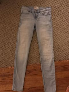 Abercrombie Jeans-like new