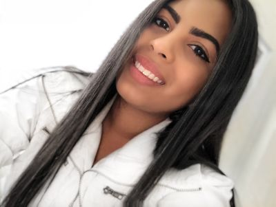 Fabiola G is looking for a New Roommate in Miami with a budget of $400.00