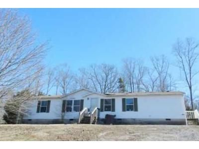3 Bed 2 Bath Foreclosure Property in Chatsworth, GA 30705 - Rolling Hills Rd