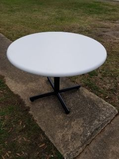 """42"""" Painted Round Table with Metal Base"""