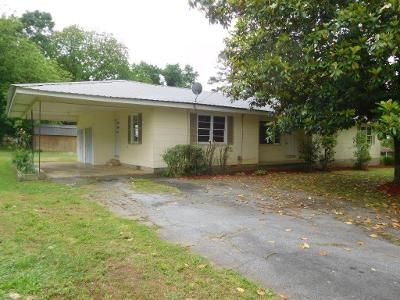 3 Bed 2 Bath Foreclosure Property in Fairmount, GA 30139 - Jasper St