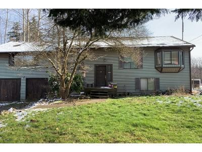 4 Bed 1 Bath Preforeclosure Property in Kent, WA 98042 - 135th Ave SE
