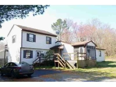 2 Bed 2 Bath Foreclosure Property in Lewes, DE 19958 - Canter Ave