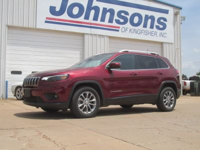 2019 Jeep Cherokee (Velvet Red Pearl Coat)