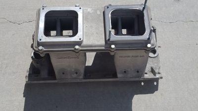 edelbrock tunnel ram