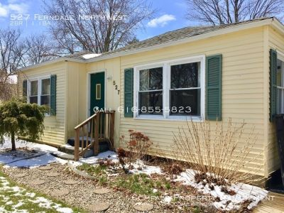 3 Bed 1.5 Bath - Single Family Home - Two stall Garage!