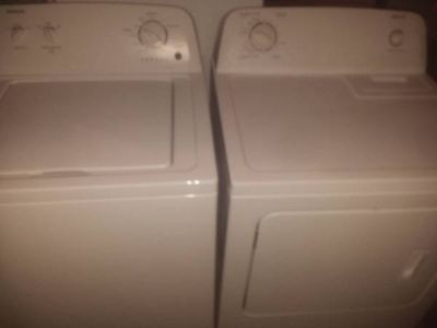 LIKE NEW- Admiral Matching Washer and Dryer