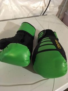 Kids boxing gloves (these were my 9 yr old s to give an idea of size) $2
