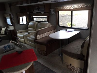 2015 Forest River Freedom Express 322RLDS
