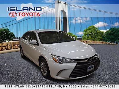 2015 Toyota Camry L (Super White)