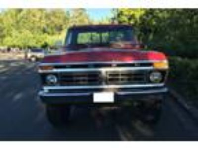 1977 Ford F-250 4x4 4-speed HighBoy