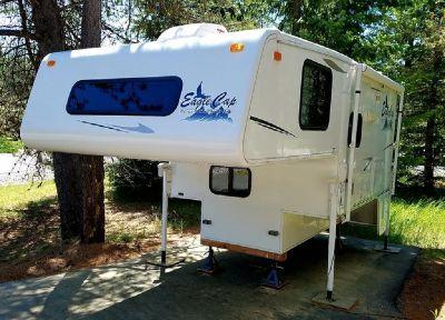 By Owner! 2005 10 ft. ALP Eagle Cap Truck Camper w/slide