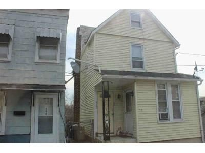 2 Bed 2 Bath Foreclosure Property in Easton, PA 18042 - Reynolds St