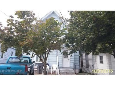 3 Bed 3 Bath Foreclosure Property in Elgin, IL 60120 - Raymond St