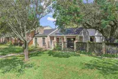 2615 Rustling Oaks Drive Bryan Three BR, This amazing home has to