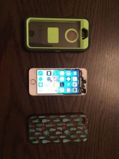 Unlocked iPhone 5S with Two Cases