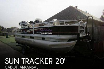 2018 Sun Tracker Bass Buggy 18 DLX